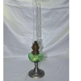 ANTIQUE VINTAGE UNIS FRANCE OIL LAMP WITH GLASS FONT/CHIMNEY