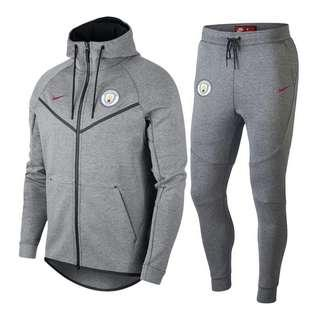Manchester City 18-19 Grey Hooded Jacket