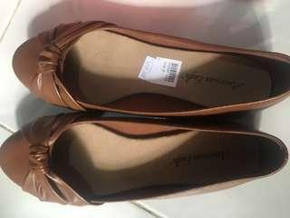 Flatshoes cokelat