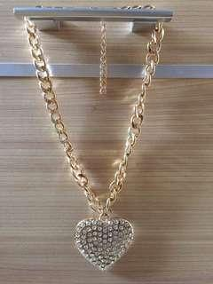 Kalung Love / Necklace