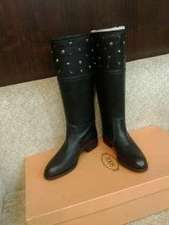 TOD'S正品黑色馬靴38.5號