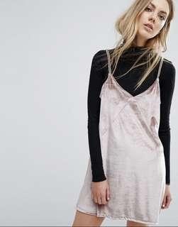 🚚 Zara Slip Dress