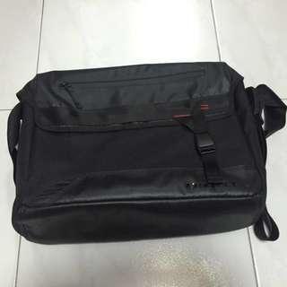 Oakley Messenger Bag.