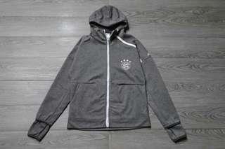 Bayern Munich 18-19 Grey Hooded Jacket