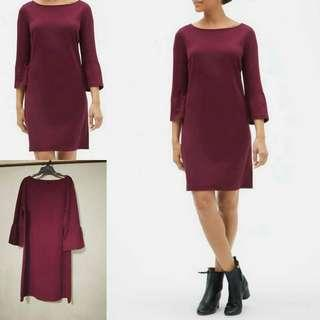 # Gap 3/4 Bell sleeve Dress ✔OVERRUNS