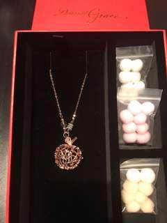 Dearest grace Apple - crystal diffuser necklace, rose gold colour. 玫瑰金色水晶,蘋果香薰頸鏈