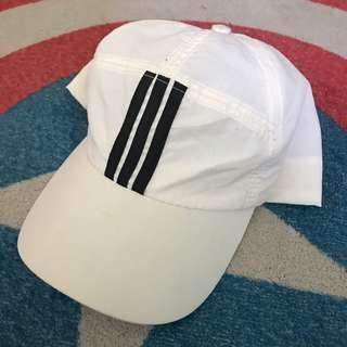 3 stripes hat