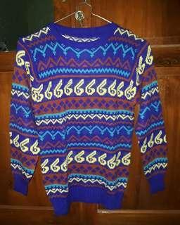 Sweater Motif