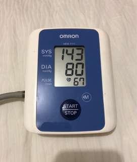 Omron Blood Pressure Monitor HEM-7111