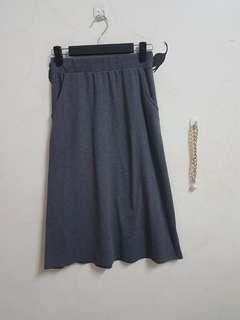 🚚 全新鬆緊灰色長裙