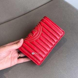 NEW😼Tory Burch Fleming Stud Short Wallet - red