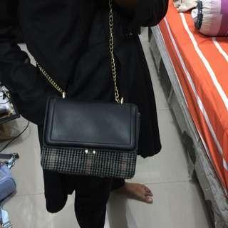 Zara mini slingbag