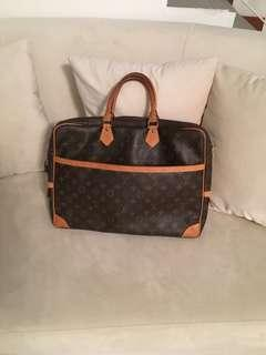 a0181de16b16 Louis Vuitton monogram briefcase