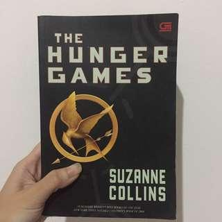 The Hunger Games by Suzanne Collins (Translated)