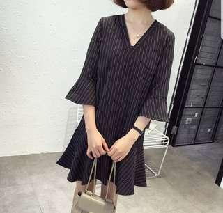 🌹🌹(L~5XL) Plus Size korean Dress Flare Hem Stripes  V-neck 3/4 Long Sleeves
