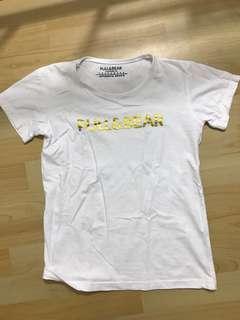 Pull n bear tshirt