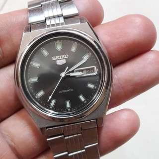 Jam Tangan Seiko 5 Vintage Automatic