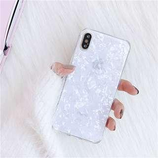 🚚 iPhone XR : White crystal-like case