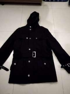 JMC 黑色有帽修身外套
