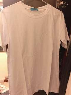 🚚 白色愛心T-shirt
