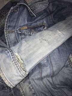 JAKET JEANS RIPPED LOIS