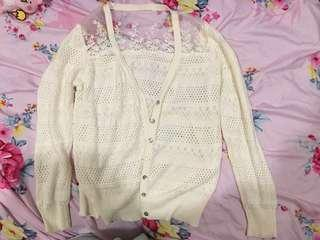 🚚 近全新 白色 刺繡 日式小外套 部分透明