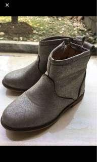 Reprice!! Cotton On Boot