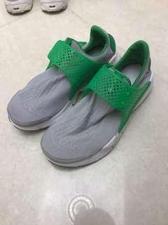 Nike Sock Drat US 7