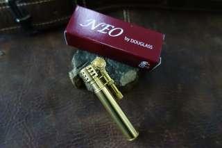 Douglas Neo 3 Lighter