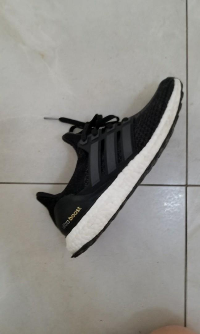 BRAND NEW Adidas Womans Ultraboost size 8