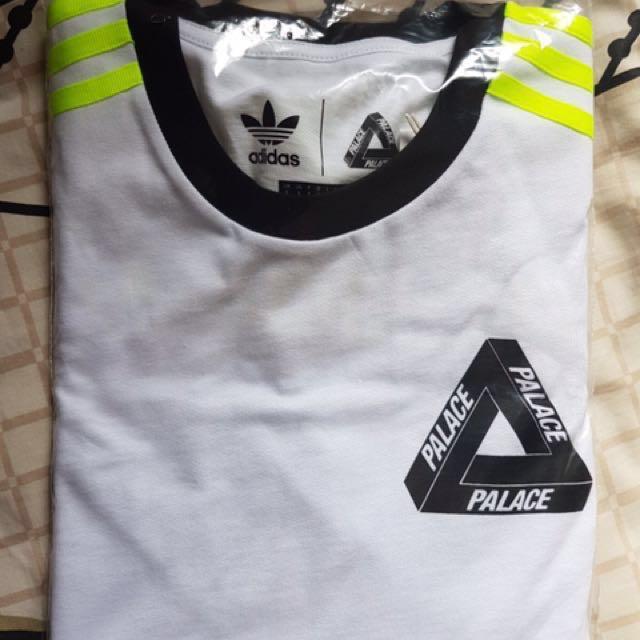 e0b95f44d6b2 Adidas x Palace  Ultimo  T-shirt