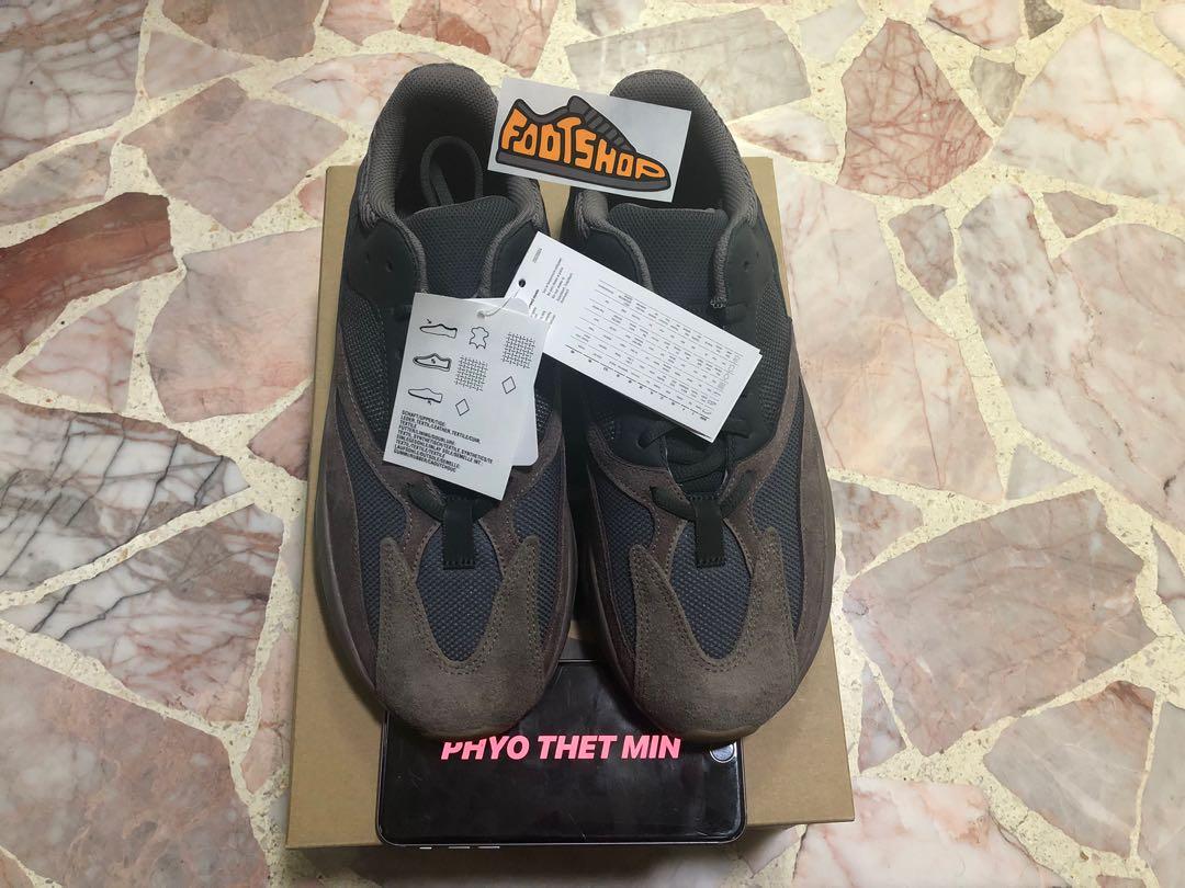 5f5fb1258 Adidas Yeezy Boost 700 Mauve