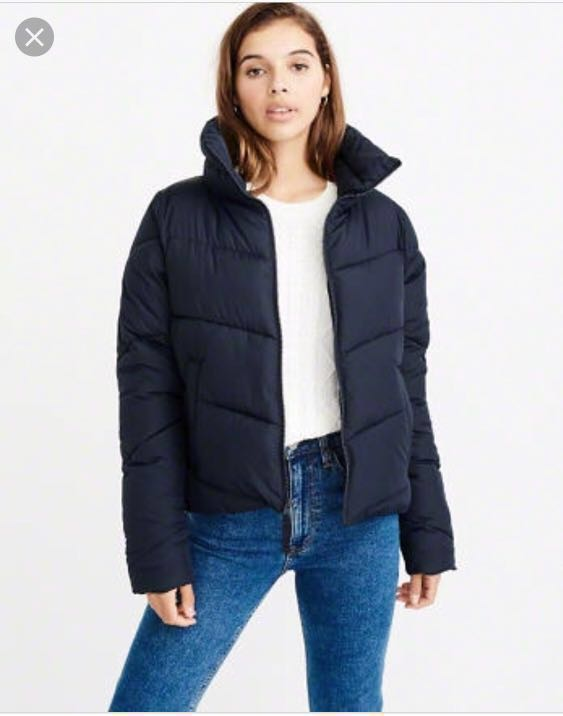 44743c713 A&F Mini Puffer Jacket in Navy Blue in XS, Women's Fashion, Clothes ...
