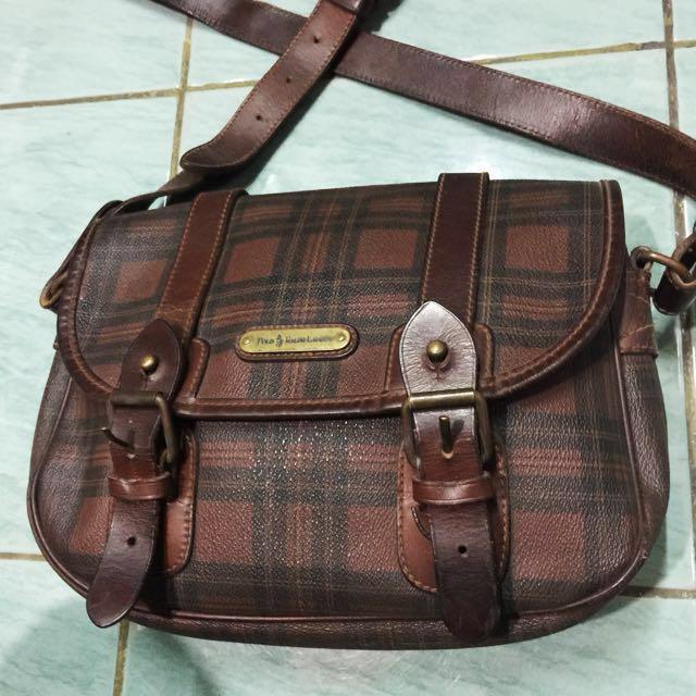 authentic Polo Ralph Lauren vintage leather sling bag 3d6e189d9322e