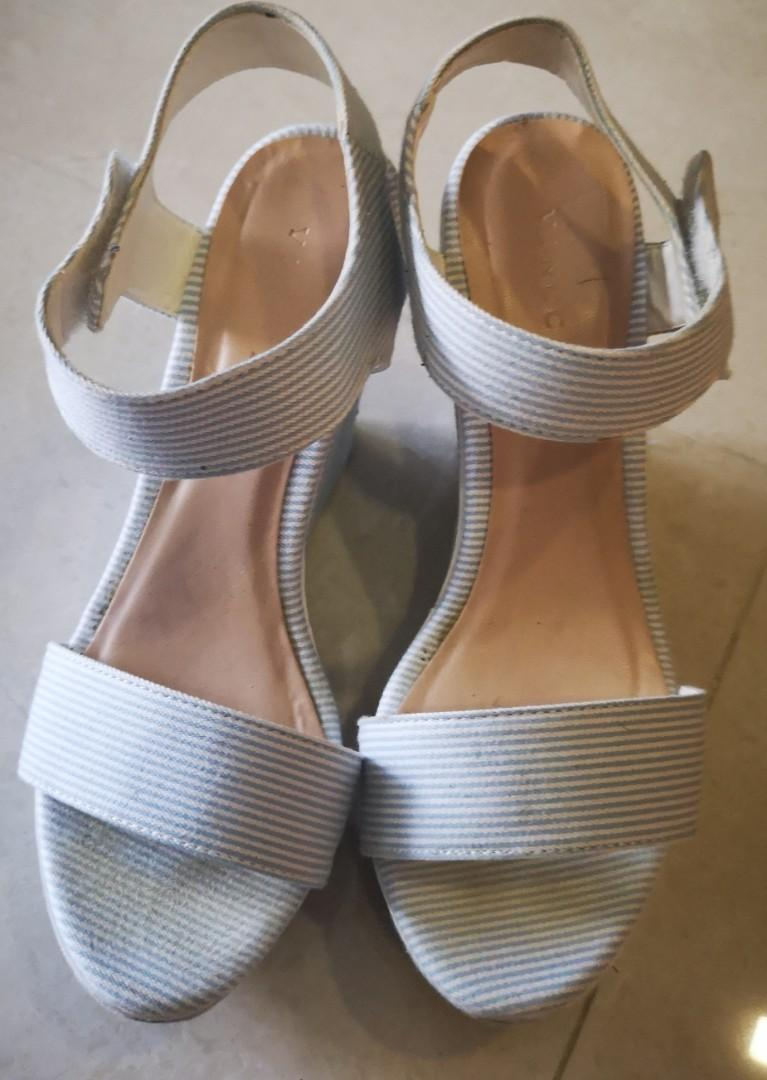 Baby blue Wedges S35, Women's Fashion