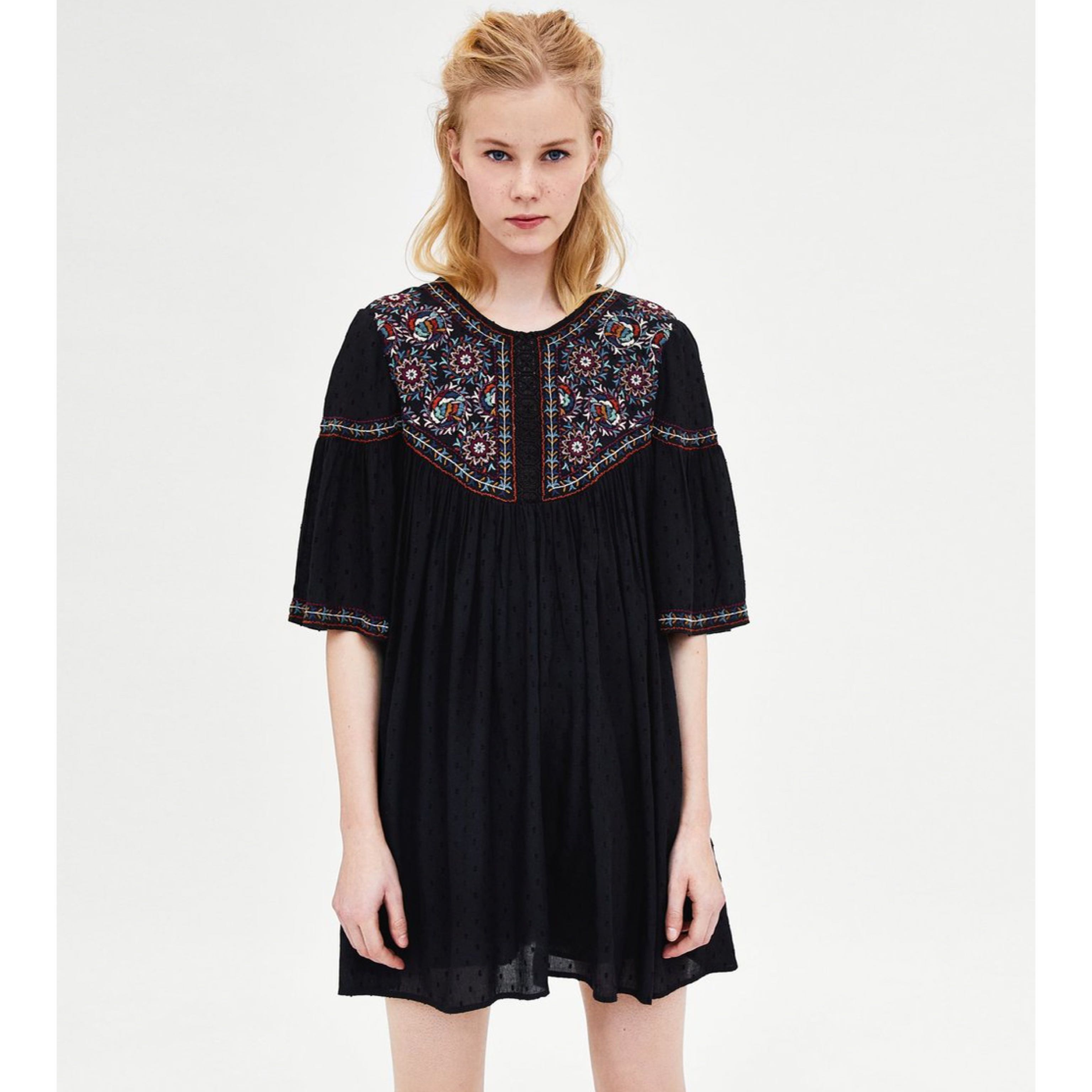 61f0832c (BN) 💯 Authentic Zara Black Plumetis Embroidered Romper Dress, Women's  Fashion, Clothes, Dresses & Skirts on Carousell