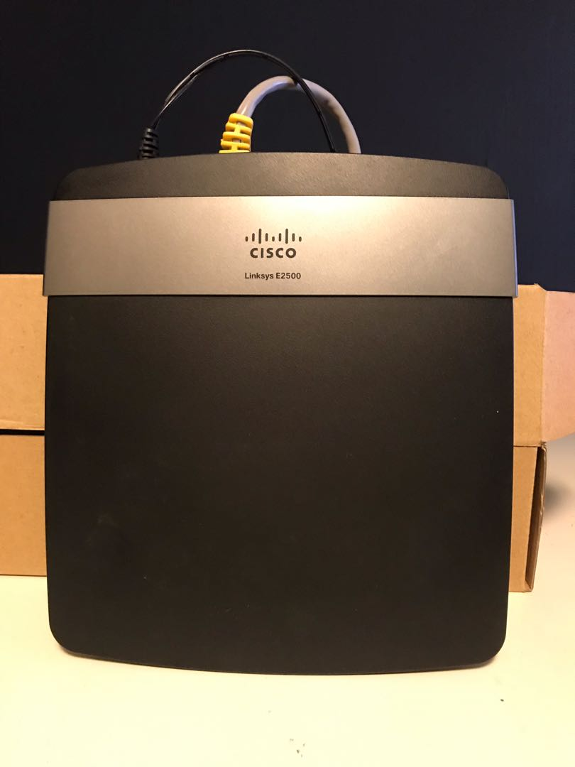 Cisco Linksys E2500 Router
