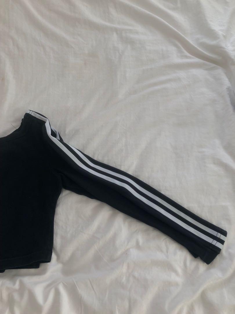 Crop Top w/ Side Stripes
