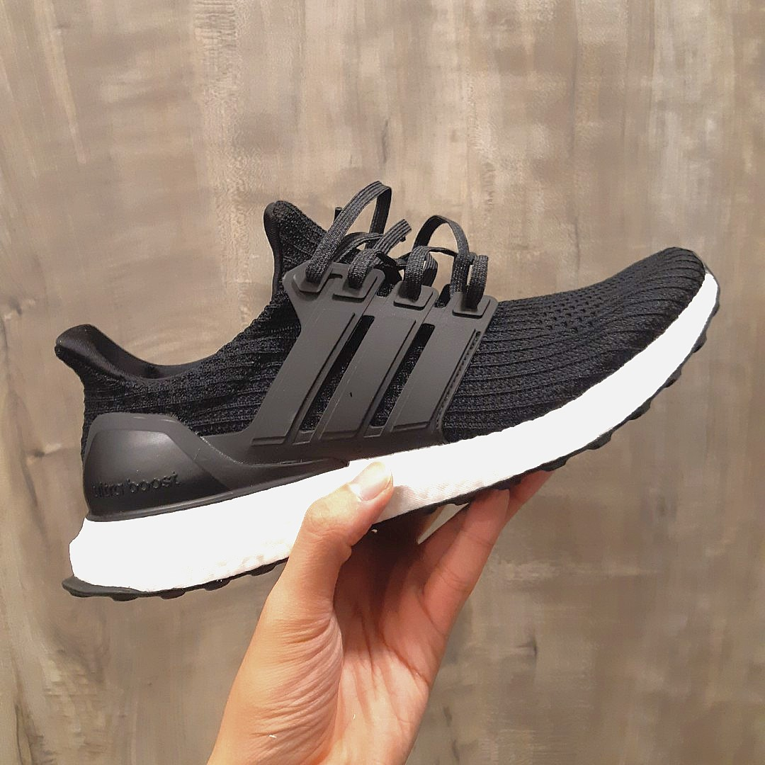 a7becc3ba61 FAST DEAL PRICE* ADIDAS CORE BLACK 4.0 ULTRA BOOST, Men's Fashion ...