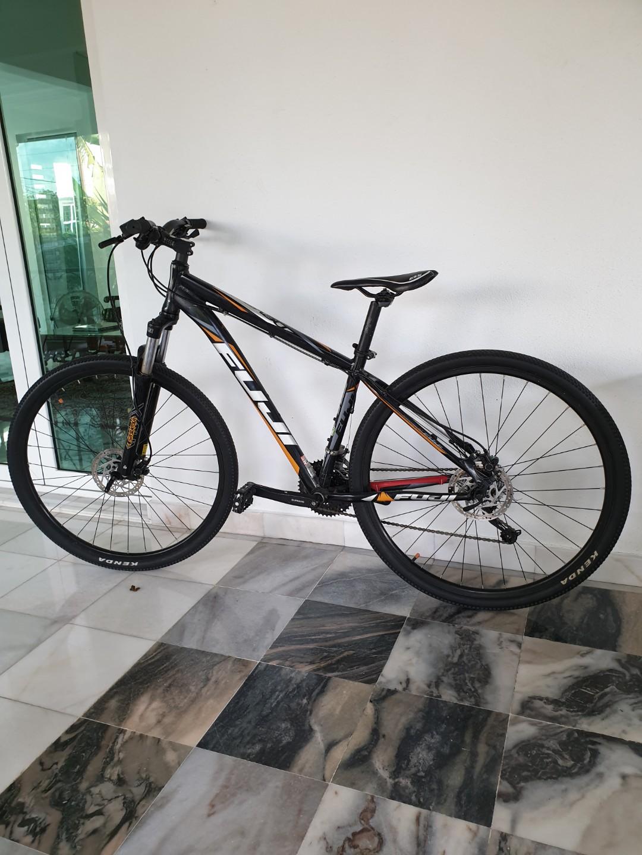 Fuji mtb 29er bike bicycle