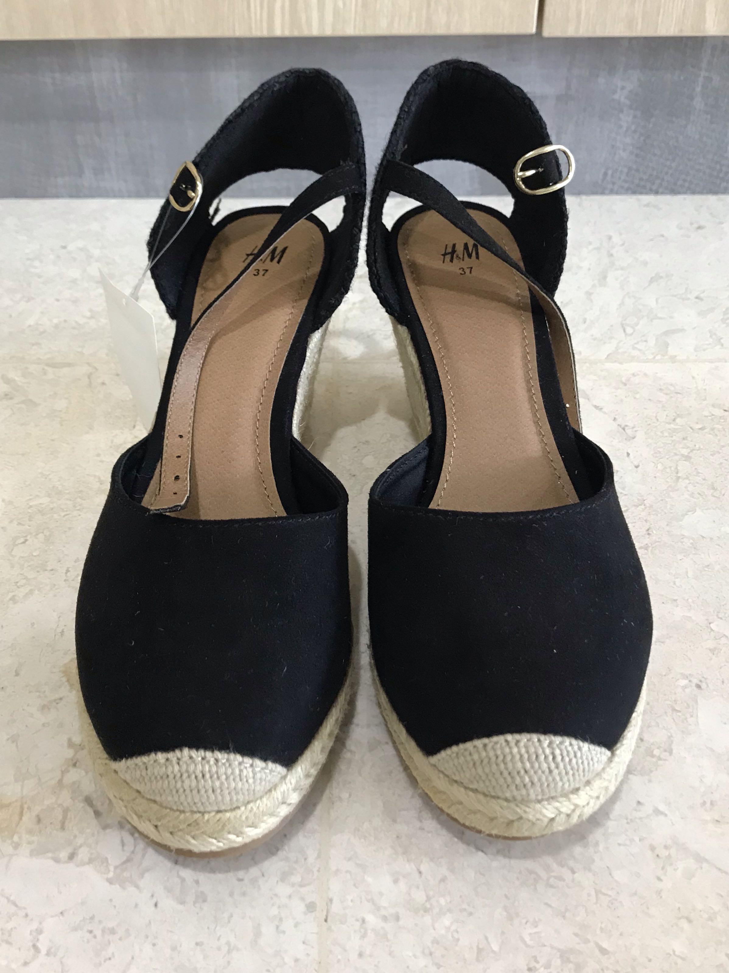 51f591e733 H&M Black Wedges (Size 37), Women's Fashion, Shoes, Heels on Carousell