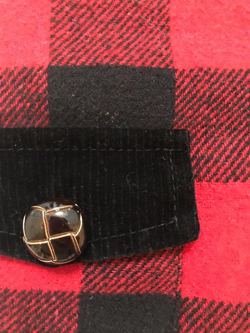 M Red and Black Wool lined vest