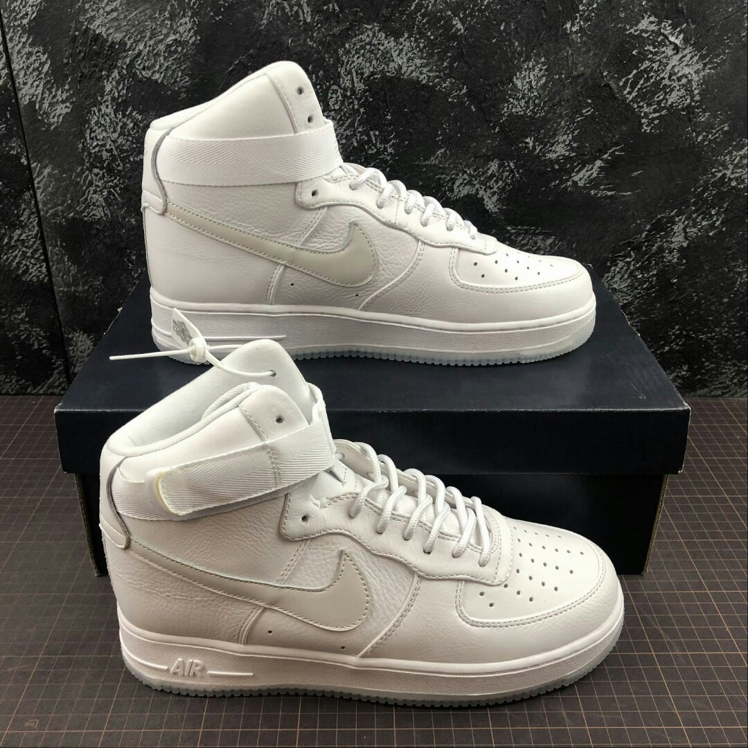 Nike Air Force 1 High Triple White Ice 8d8bd7022