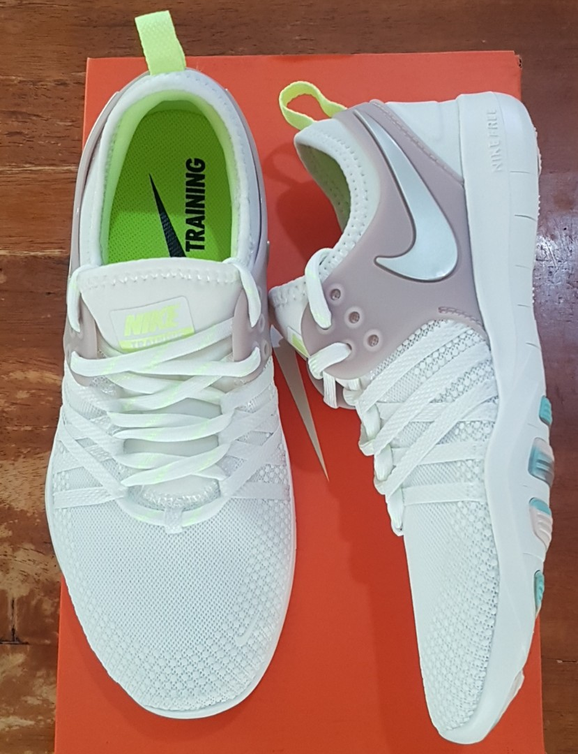 899b8e411f8fe Nike Free TR 7 training shoes for women. Size 5 US. 2200