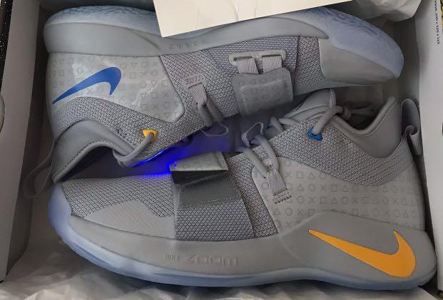 5955f8d17267 Nike x PlayStation pg 2.5 (可著燈)