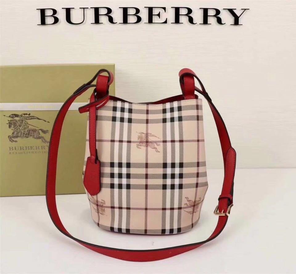 Sale! Brandnew Authentic Quality Burberry Bucket Bag, Women s ... dd6a05382a