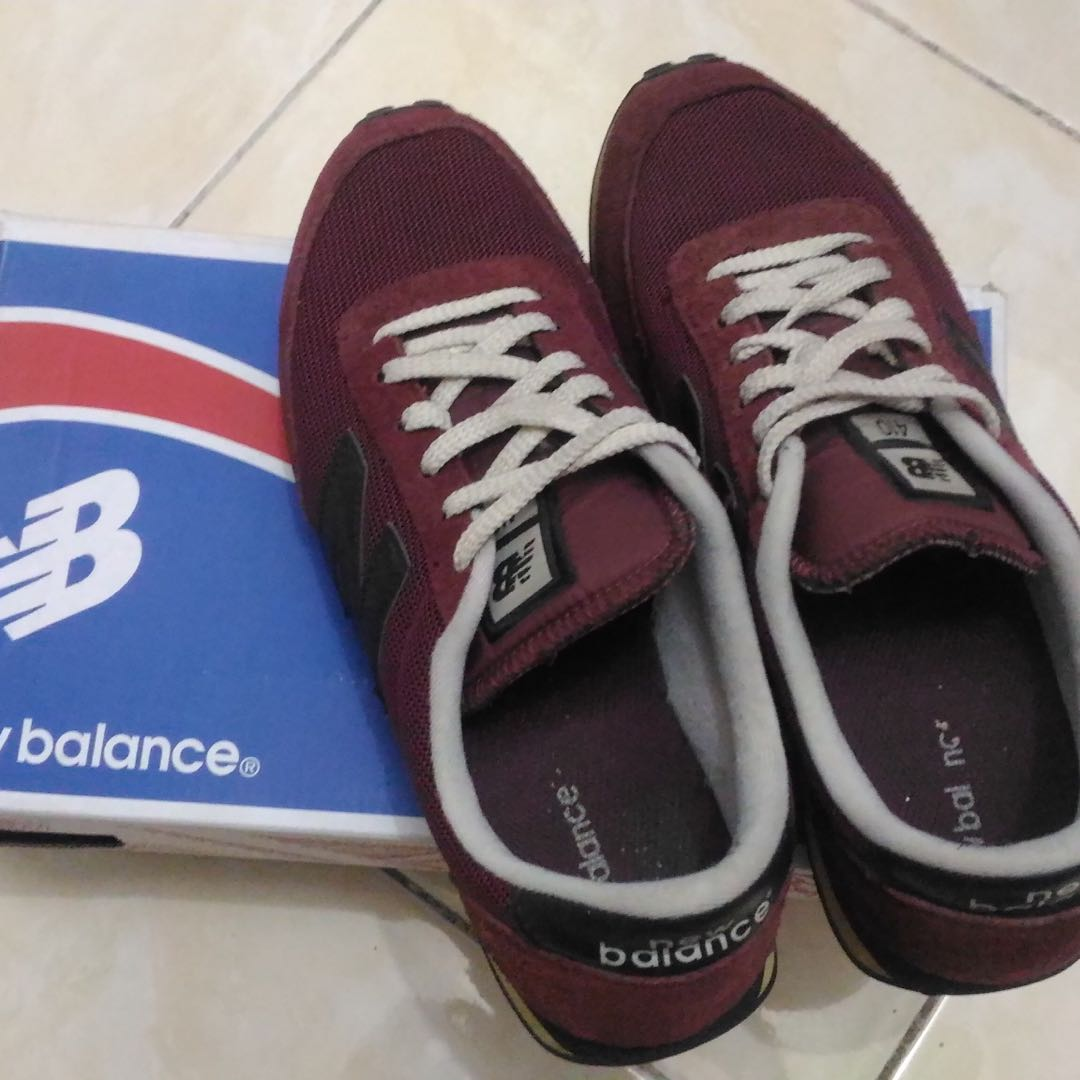 Sepatu Sneakers Cowok Pria New Balance 7c04474d7a