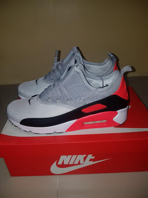 d7a11a099b20 Re priced Sneakers. Nike Air max ez Adidas sobakov