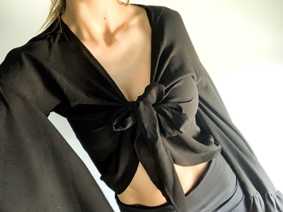 Tie up batwing cropped top