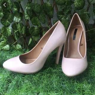 Zara trafaluc nude pink heels